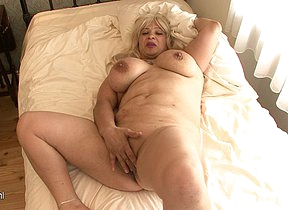 Blonde big titted mama getting soiled on the brush bed