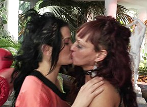 Naughty elderly and young lesbians make it big and wet