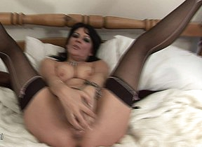 kinky mature slut playing less her dildo