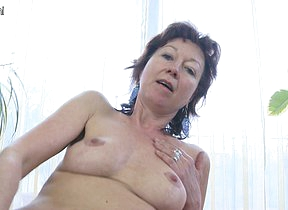 Titillating matured housewife loves to play with herself