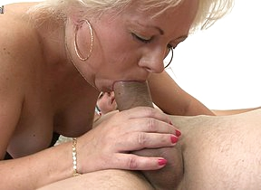 Naughty Blonde mama getting fucked hard