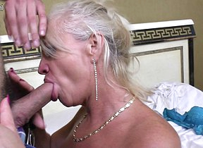 Horny mature lady fucking and sucking