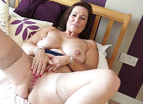 Hot fat breasted British housewife playing with herself