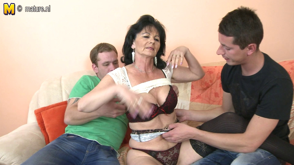 Gorgeous brunette wife giving awesome blowjob