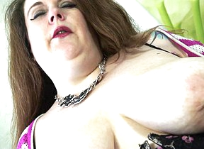 British BBW effectuation with her shaved pussy