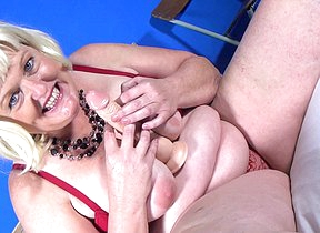 This naughty Dutch BBW loves riding her rubber trinket
