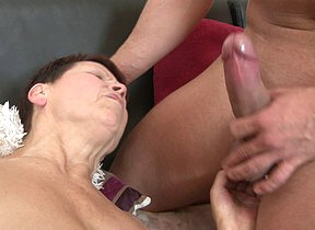 Horny mature nipper fucking her toy boy