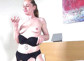 Horny Dutch housewife getting gungy and wild