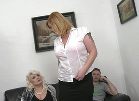 Two chubby mature ladies having fun in a foursome