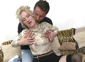 Mouldy of age lady fooling around anent her toy boy