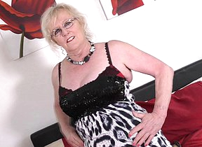 Chubby mature lady from the UK getting soiled and wild