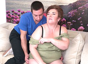 Mature BBW doing her toy boy