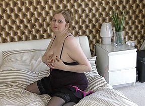 Chubby British housewife getting very naughty