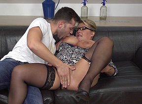 Big breasted mama fucking and sucking her trifle wretch
