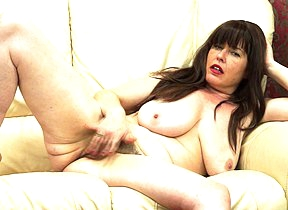 British hairy housewife getting very naughty