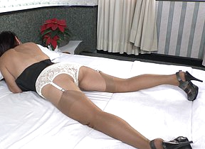 Latin housewife Bella turns on be transferred to