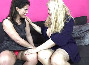 Spanish housewives Montse Swinger and Musa Libertina having a threesome