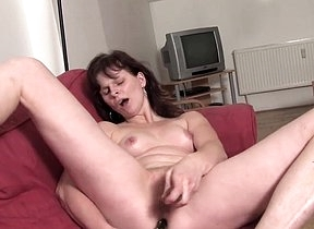 Naked mature lady shows little mercy to her pussy and exasperation in a serious home tryout along her toy two big dildos to suit her sexual needs big time