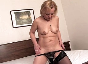 Home alone mature mommy tries to finger fuck her