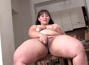 Insane nude scenes of raw dildo masturbation