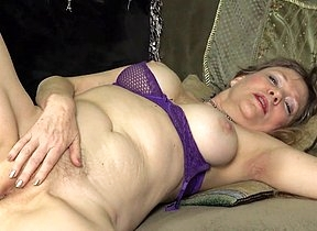 This naughty mature British cougar loves to play