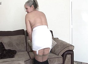 Mature British housewife shows she still got