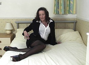 Xrated British MILF loves to masturbate