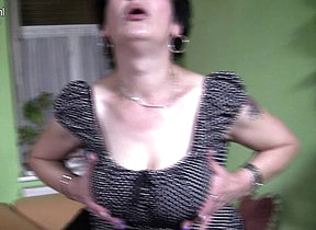 German housewife gets all dirty when her hubby