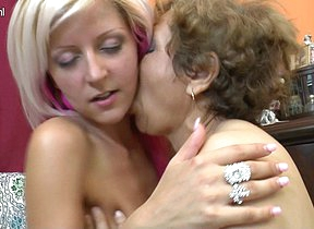 Hot blonde babe doing her older lesbian lover