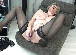 Horny of age slut playing all alone