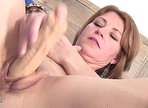 This horny MILF loves to get wet on say no to bed