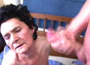 Granny loves the taste be expeditious for cum